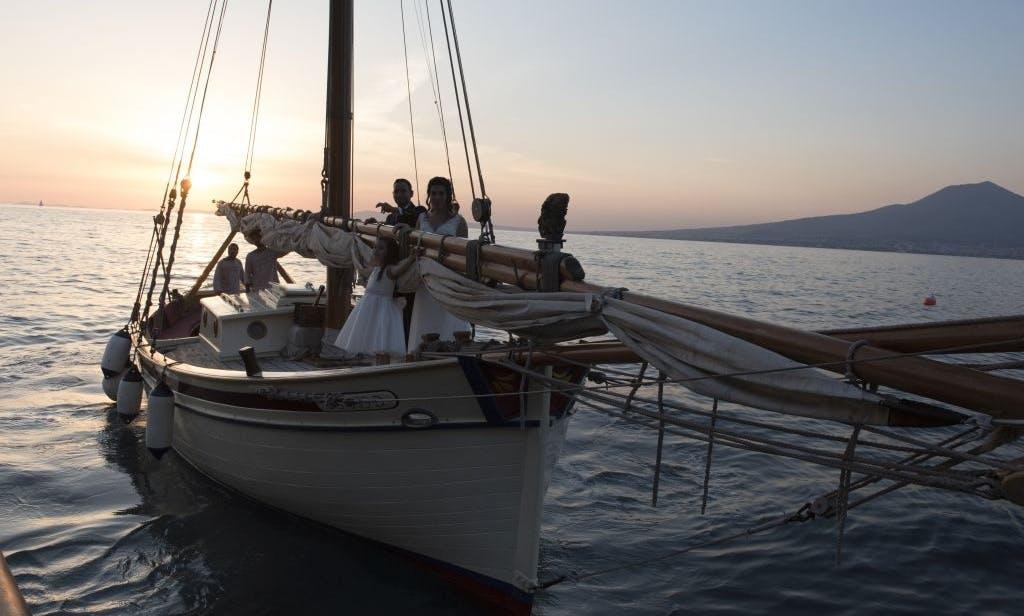 Classic Yacht rental in Sorrento