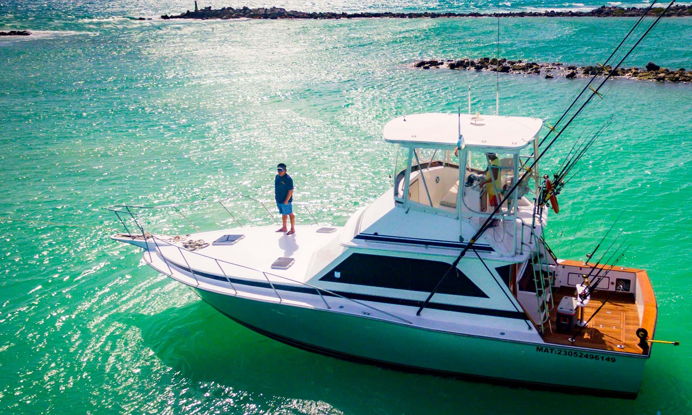 38' Dawson Sportfishing Charter in Playa del Carmen