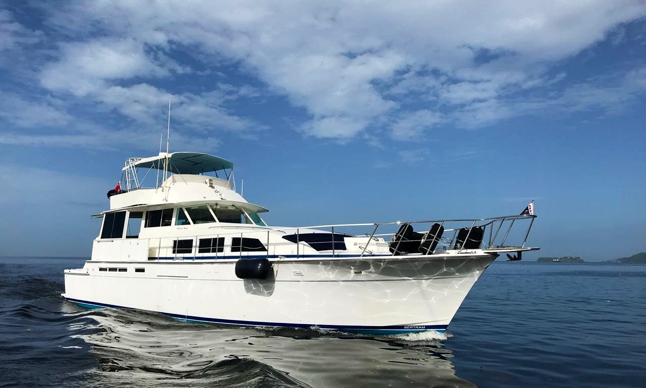 Motor Yacht Charter in Trinidad and Tobago