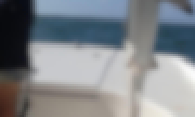 18' Pontoon Boat Rental in Dunedin, Florida