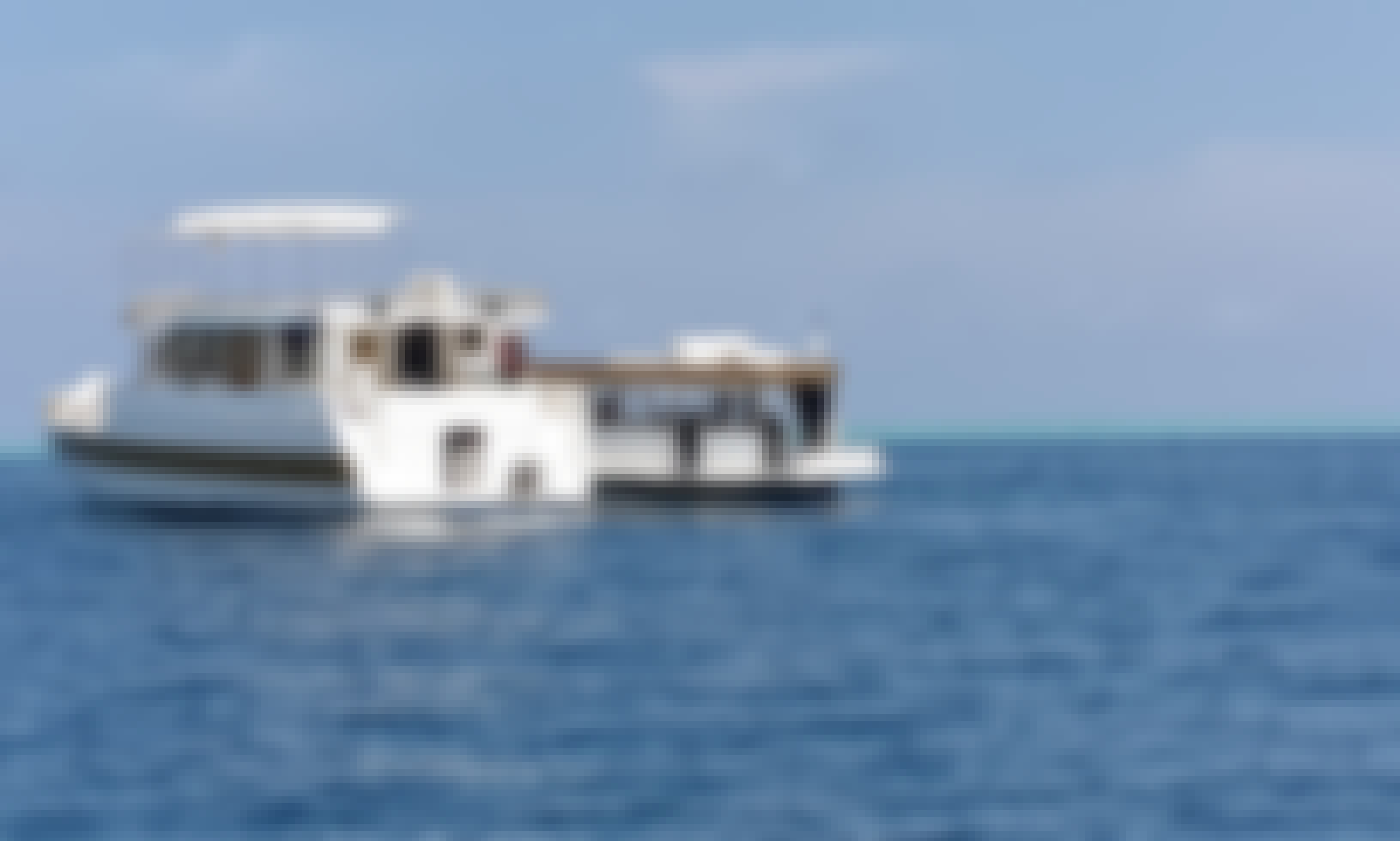 "Discover Maldives on 90ft ""Flying Fish"" Houseboat with Serena"