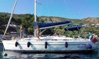 2001 Bavaria 37 Cruiser Motor Yacht Rental in Castellammare di Stabia, Campania