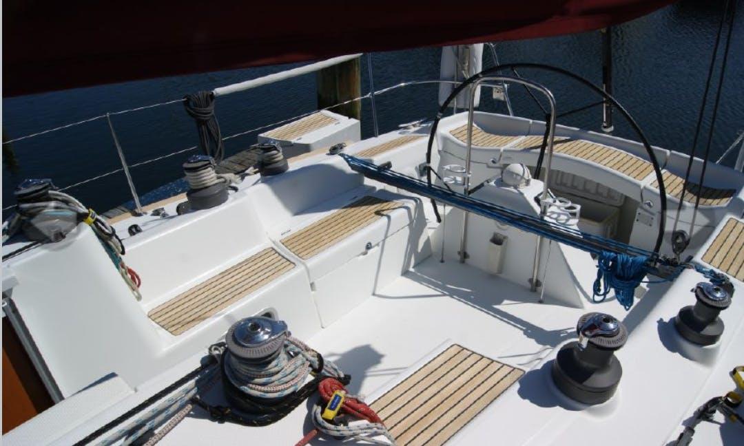 40' Sailing Yacht