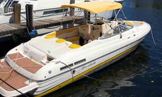 Beautiful, and updated boat with Captain in Miami Gas Included