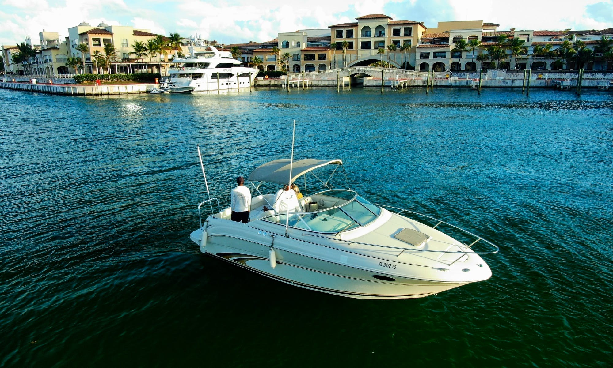 Sea Ray Weekender 25ft at Marina Cap Cana