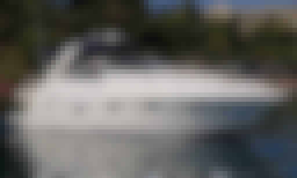 Yacht 11 metres rental at Kommeno , near Kontokali.