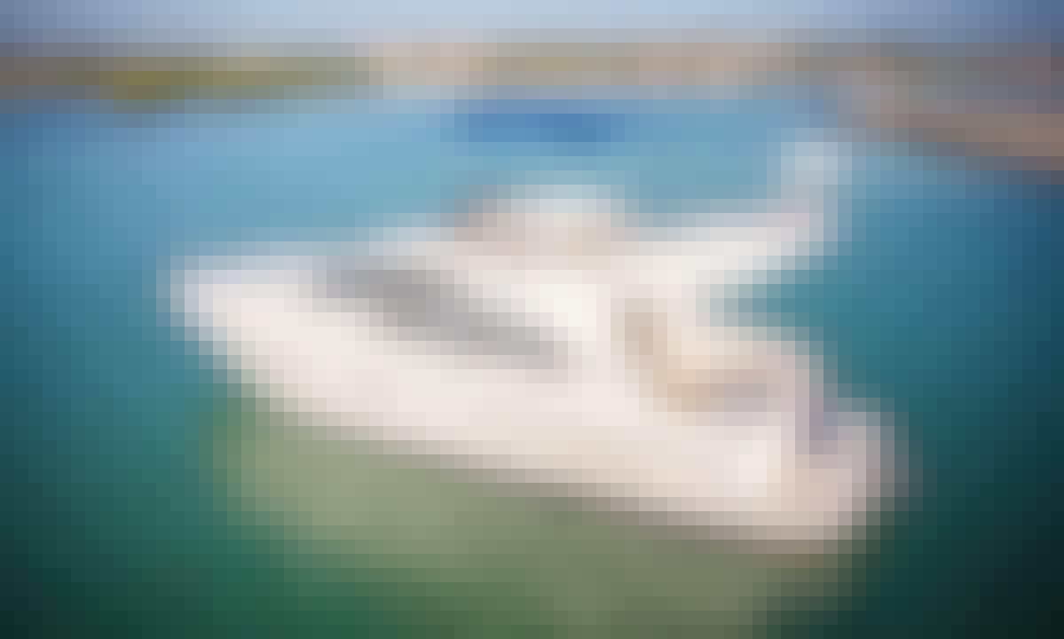 42' Azimut Yacht Private Charter of Riviera Maya Coast