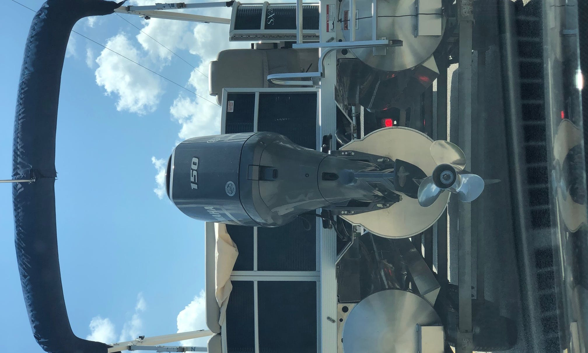 2016 Bennington Salt Water Pontoon Rental in Cape Coral, Florida