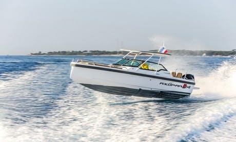 Axopar Charter Fleet in San Ġiljan, Malta for 7 to 9 Guests
