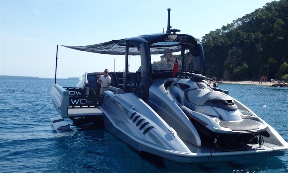 The Wider 42 Power Boat for Day Charter Across the French Riviera