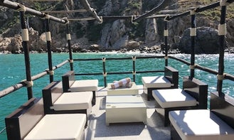 Sunset Cruise in Cabo San Lucas On Board a 20 ft Custom Made Pontoon for 4 Guests