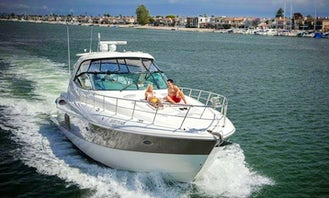 52' Cruiser Yacht for 6 Guests in Newport Beach, California