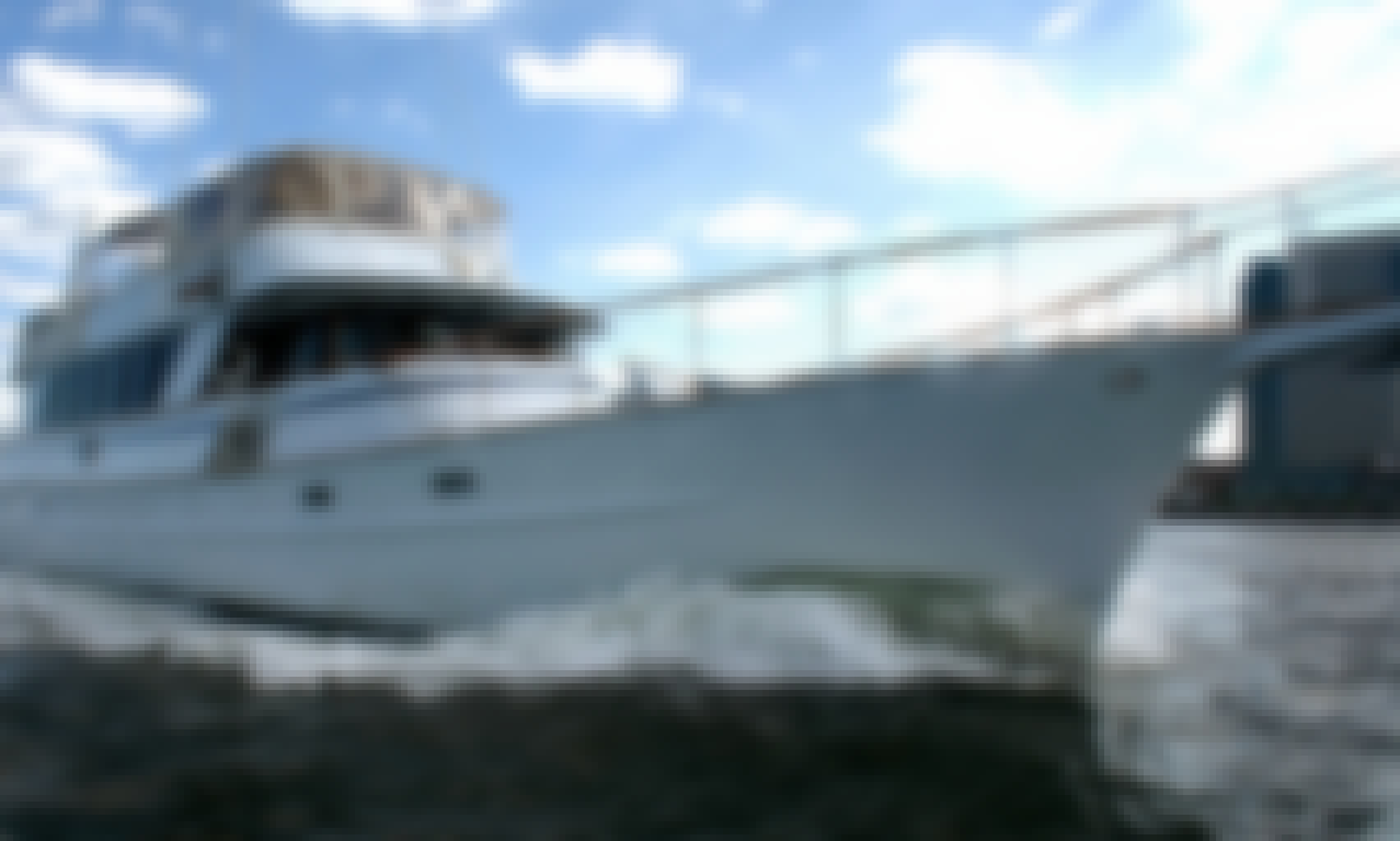 Juliette - Luxury Yacht Charter in New York