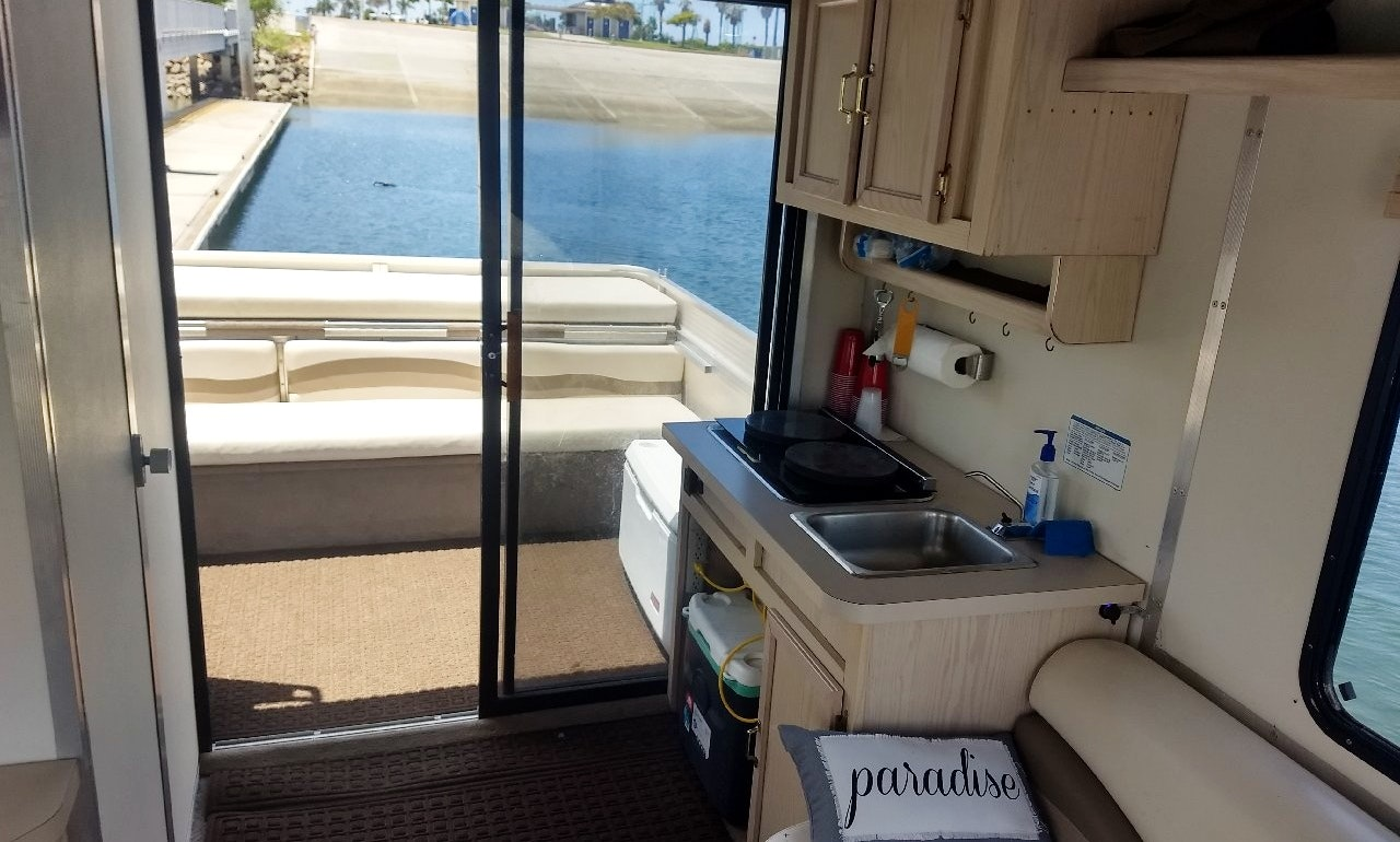 Rent a Luxury 32' Double Decker Pontoon Boat in Mission Bay | GetMyBoat
