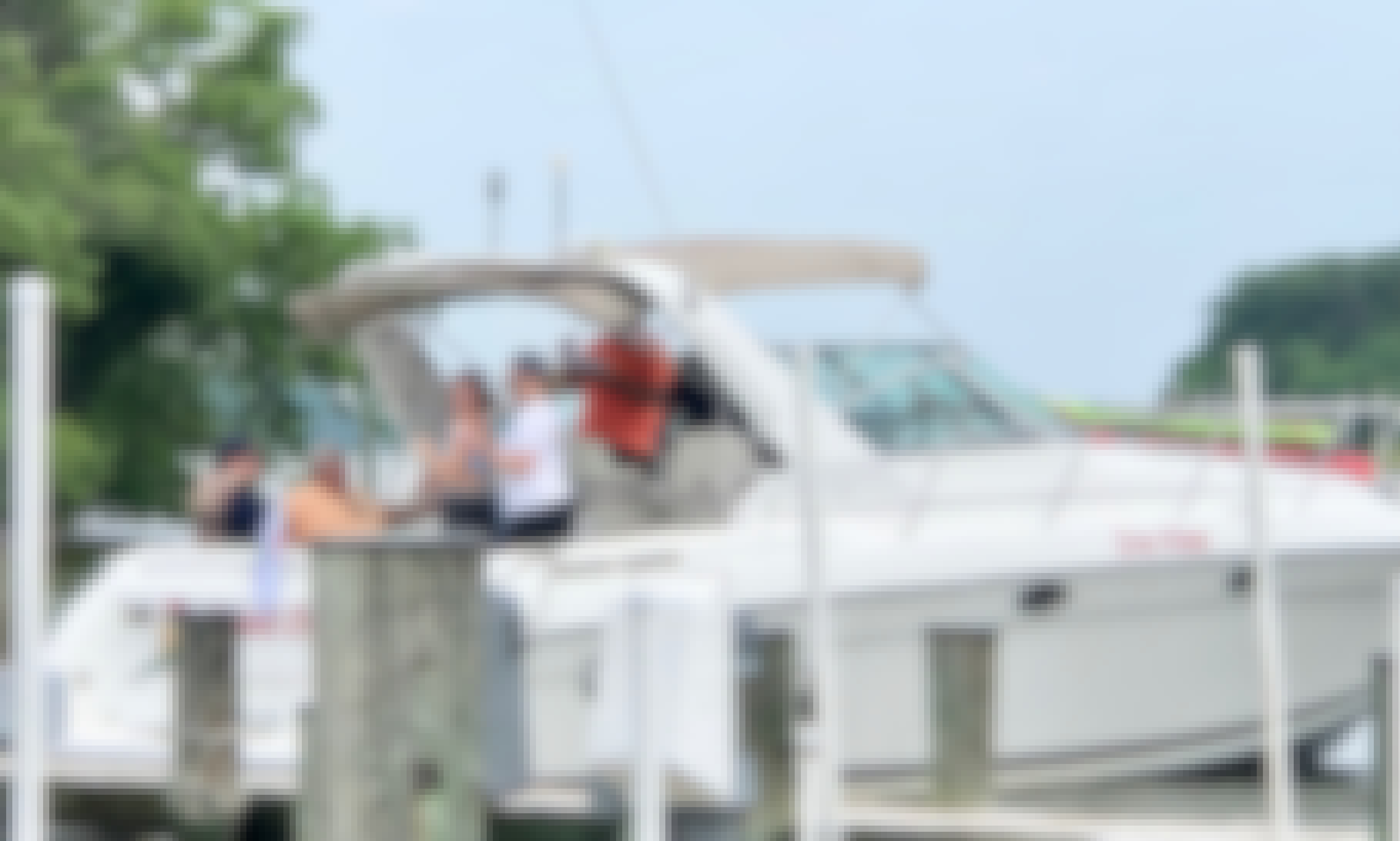 34' Powerboat Charter in Chesapeake Bay, Annapolis MD & South River
