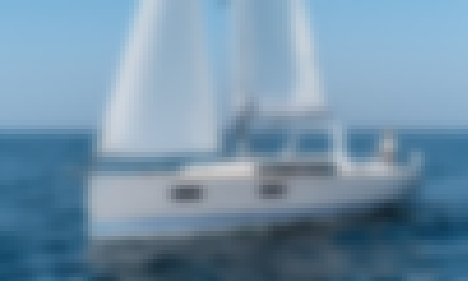 Luxury 38' Sailing Yacht Charter for 8 People in Toronto, Ontario