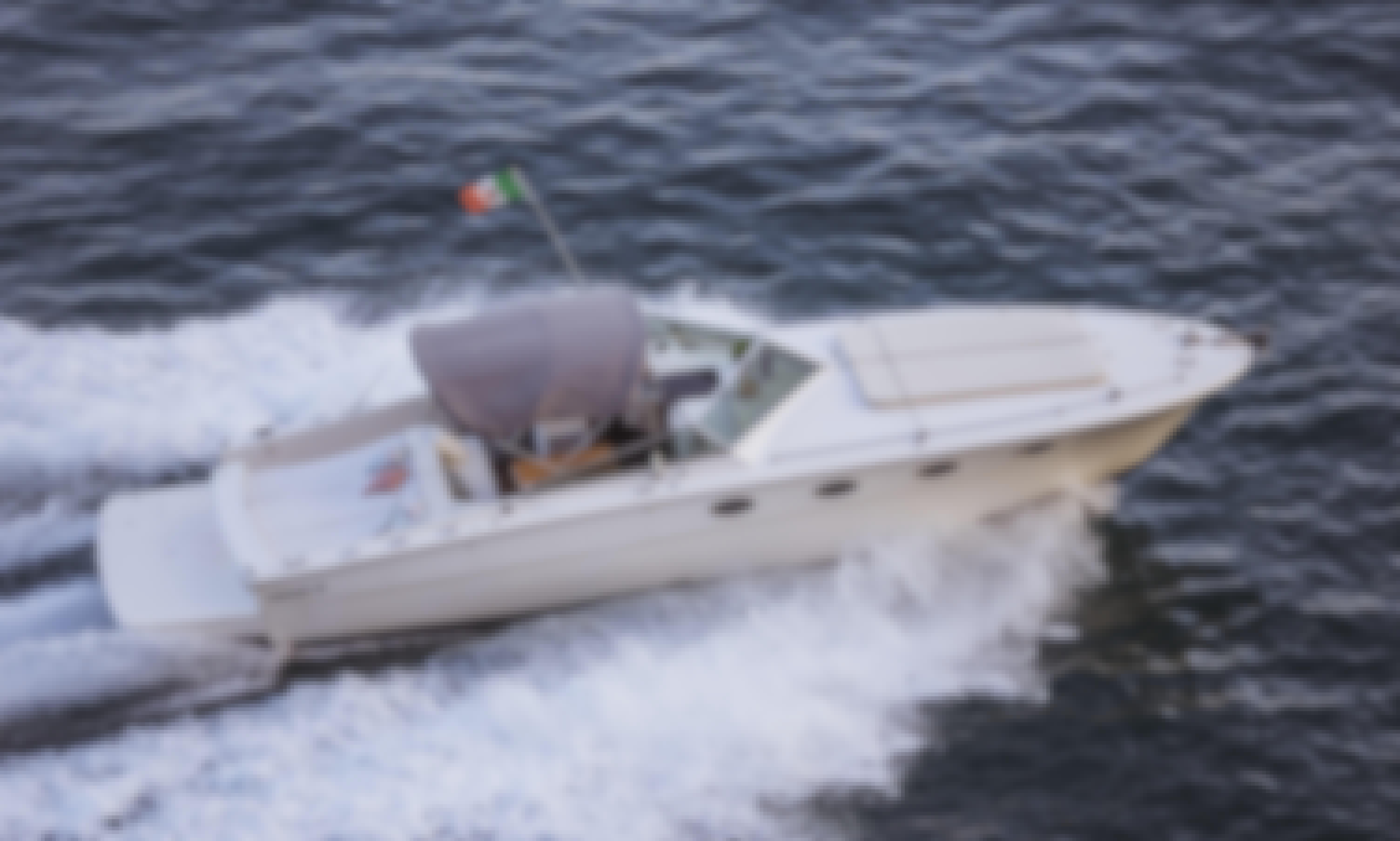 38' Tornado Motor Yacht Charter in Maiori, Campania