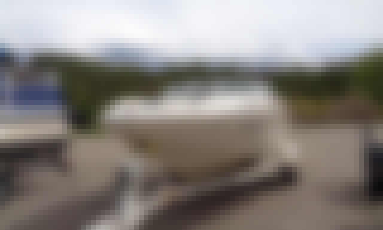"Rent a Sea Ray 18'6"" Sport Bowrider Sterndrive on Lake Granby, Colorado"