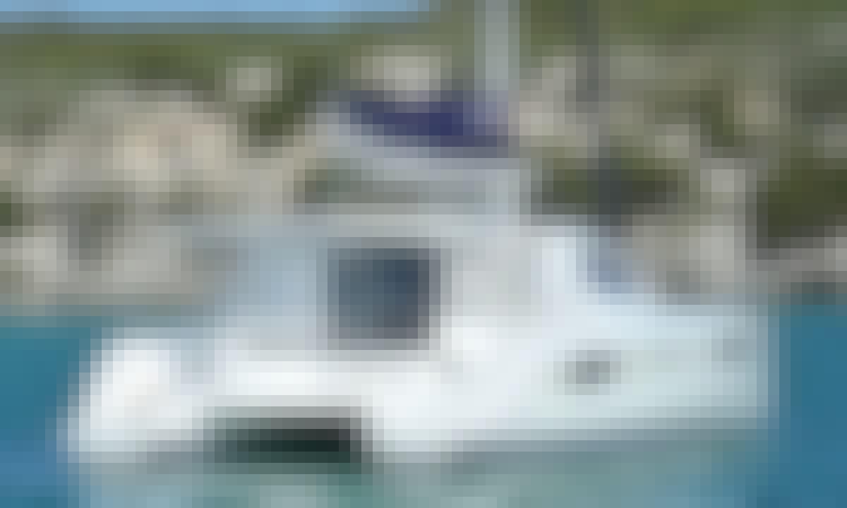 The Seraph 39ft - Private sailing catamaran charter