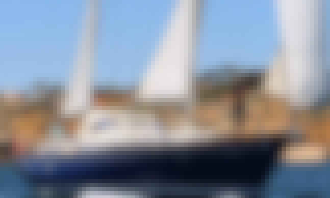 Private sailboat cruises in Albufeira