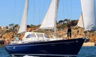 Private sailboat cruises in Albufeira and Benagil caves