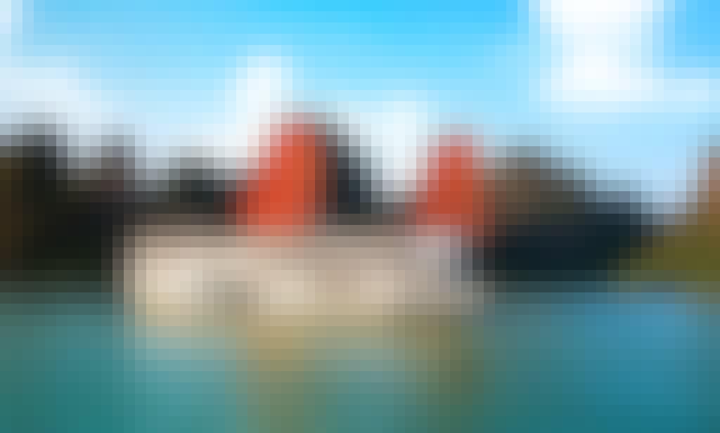 Book an Apricot Cruise Halong Bay in Thành phố Hạ Long, Quảng Ninh