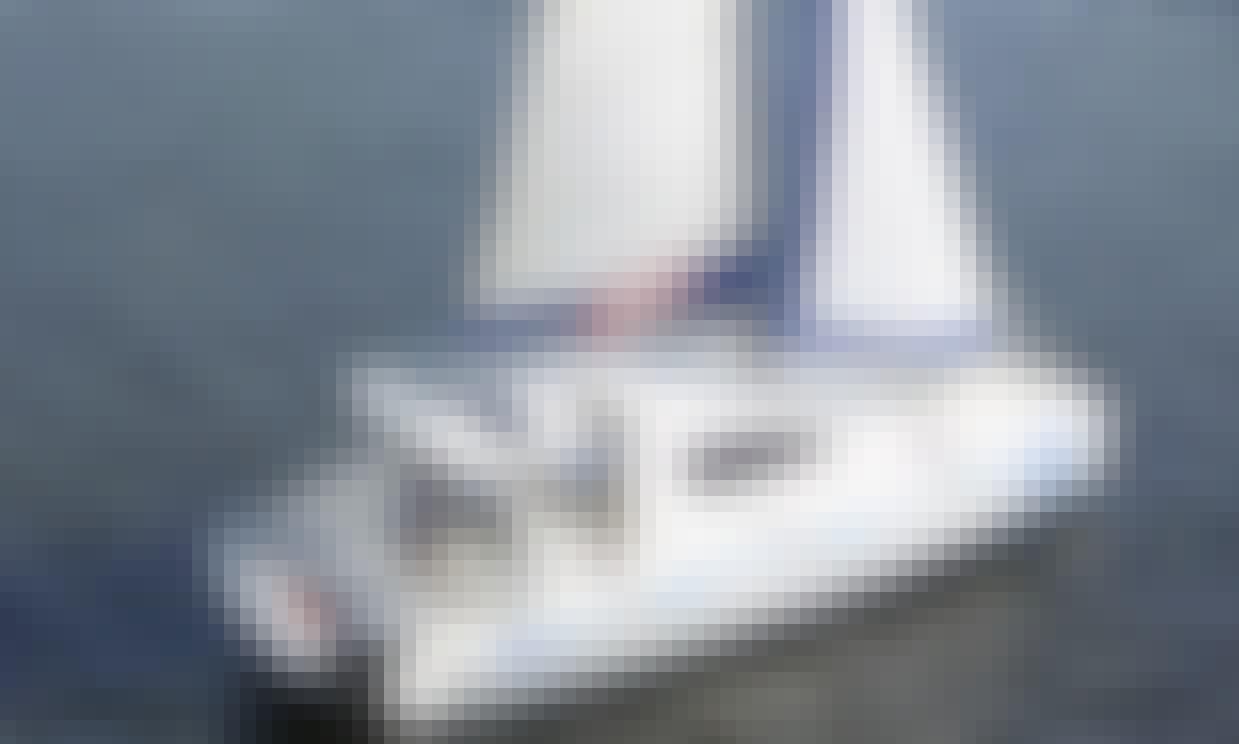 Leopard 40 Cruising Catamaran for Up to 6 People in Stuart, FL