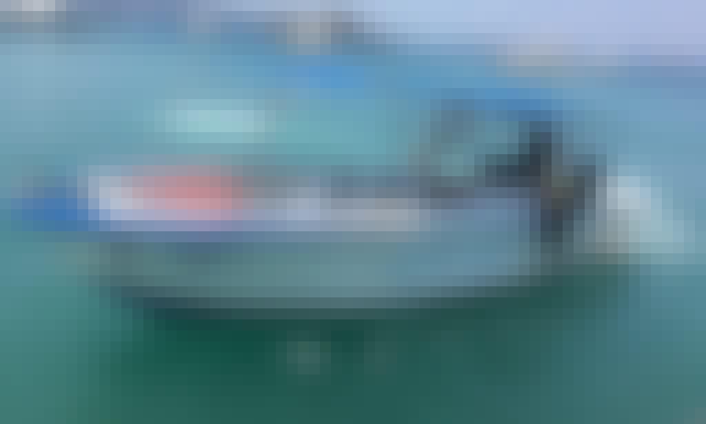 Private Boat Tour for 9 People in Puntarenas, Provincia de Puntarenas