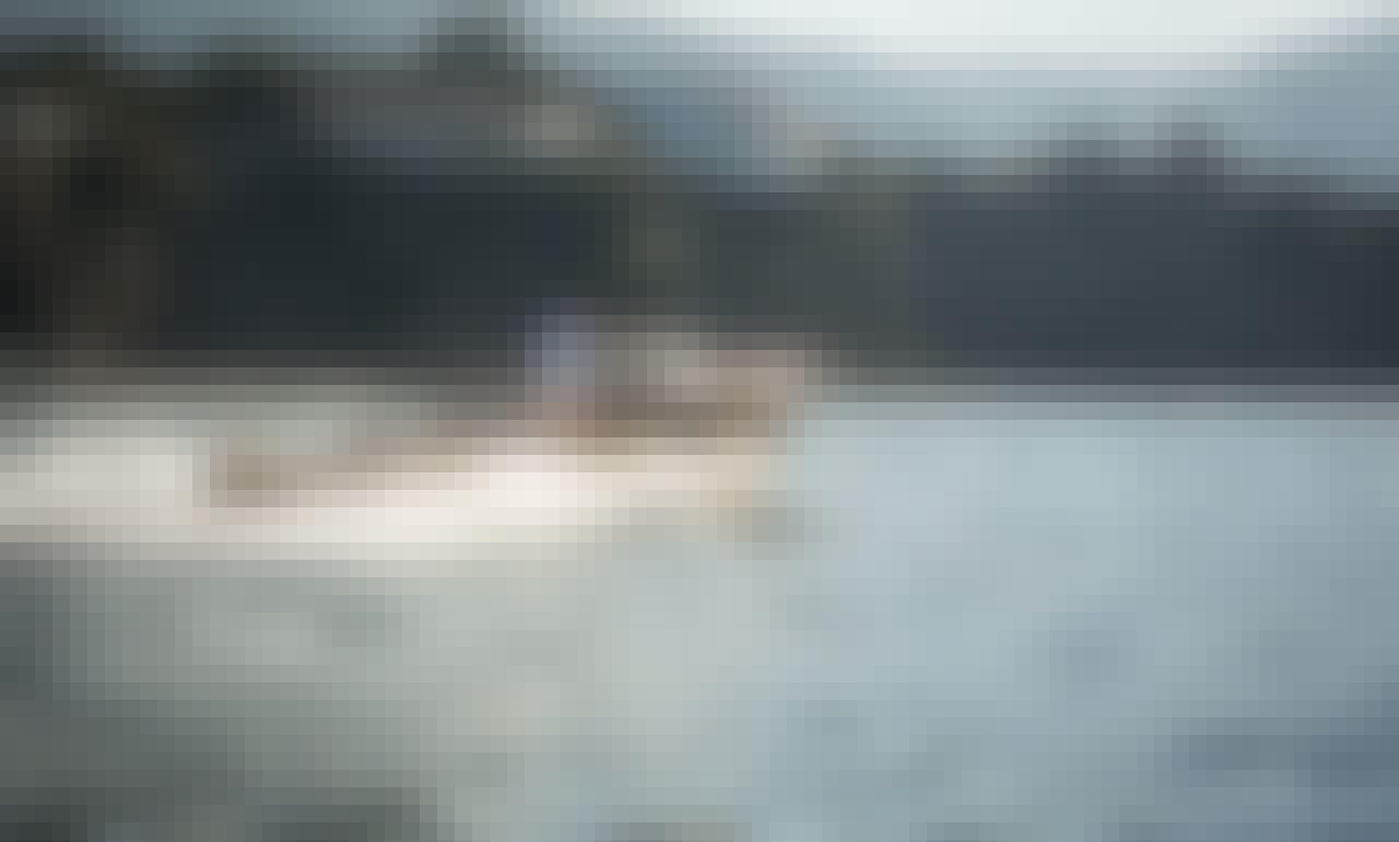 Riva Super Florida Boat for 4 Person in Sorrento, Campania