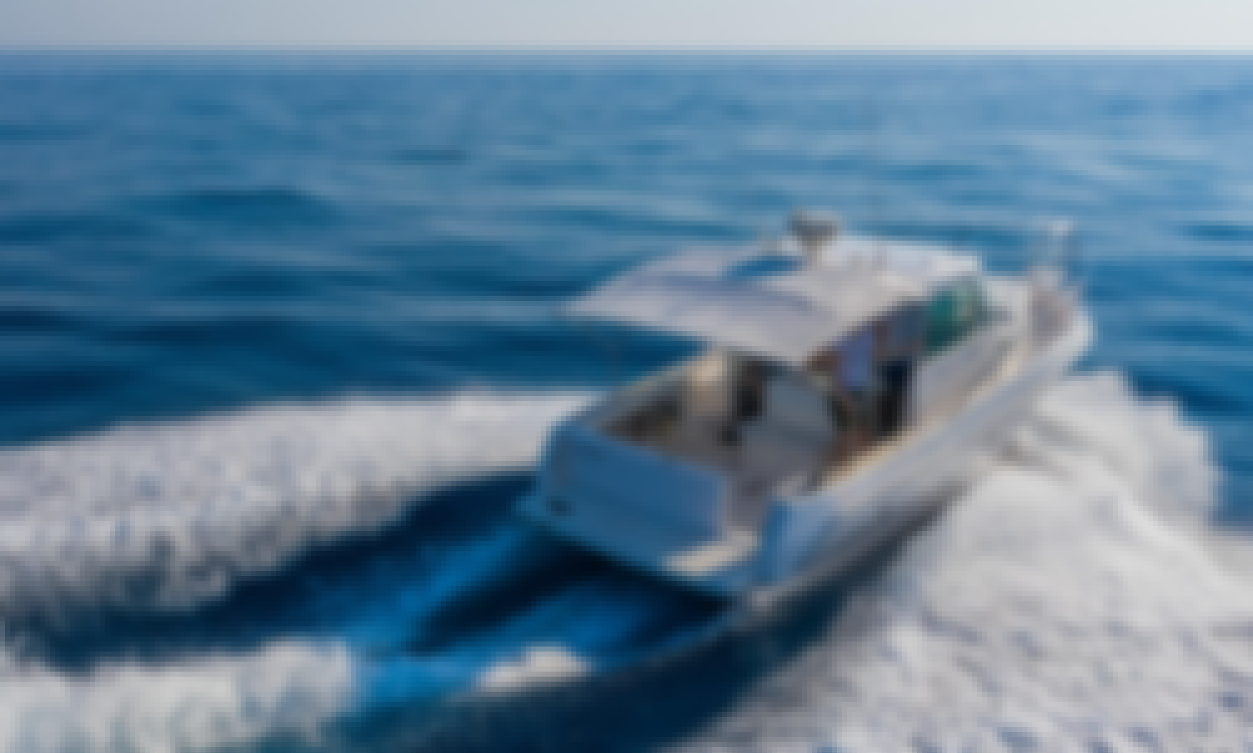Faeton Moraga 780 Motor Yacht Charter with fuel included
