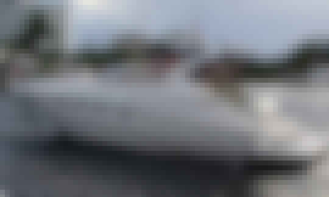 Regal 4160 Comodore Motor Yacht Rental in Miami, Florida