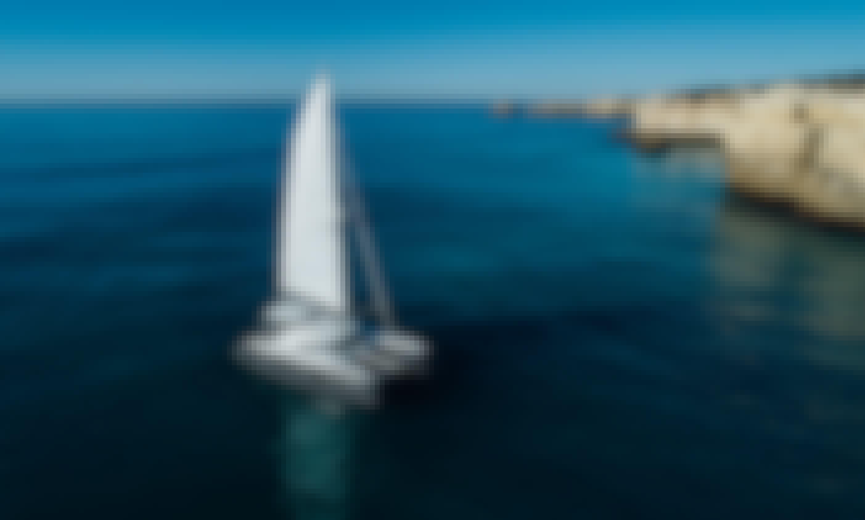 Charter Lagoon 410 S2 Cruising Catamaran in Albufeira, Portugal