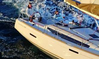 "Charter the ""Chris"" Jeanneau S.O. 389 Cruising Monohull in Sea Cows Bay, Tortola"