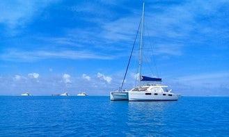 Book the 46' Léopard Cruising Catamaran in Papeete, Windward Islands