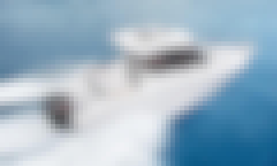 150 HP Ranieri CLF 25 Walk Around Boat for Rent in Bar, Montenegro