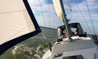 Excellent sailing on a roomy yacht in Middle River onboard Hunter Passage 42 Sailboat
