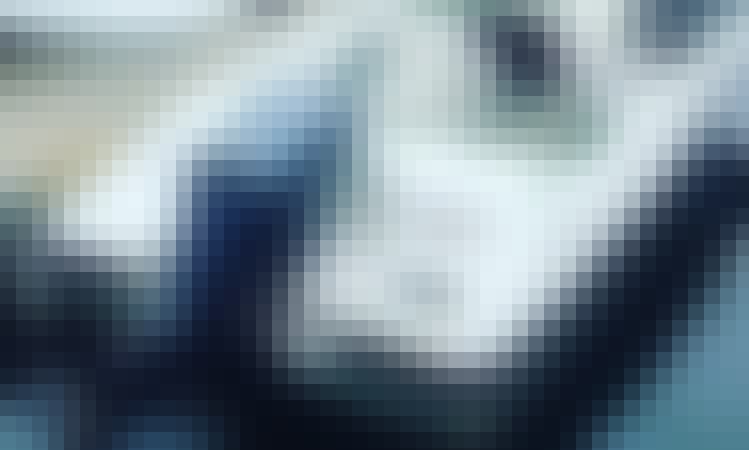18' Bayliner Bowrider Rental in Vancouver, British Columbia