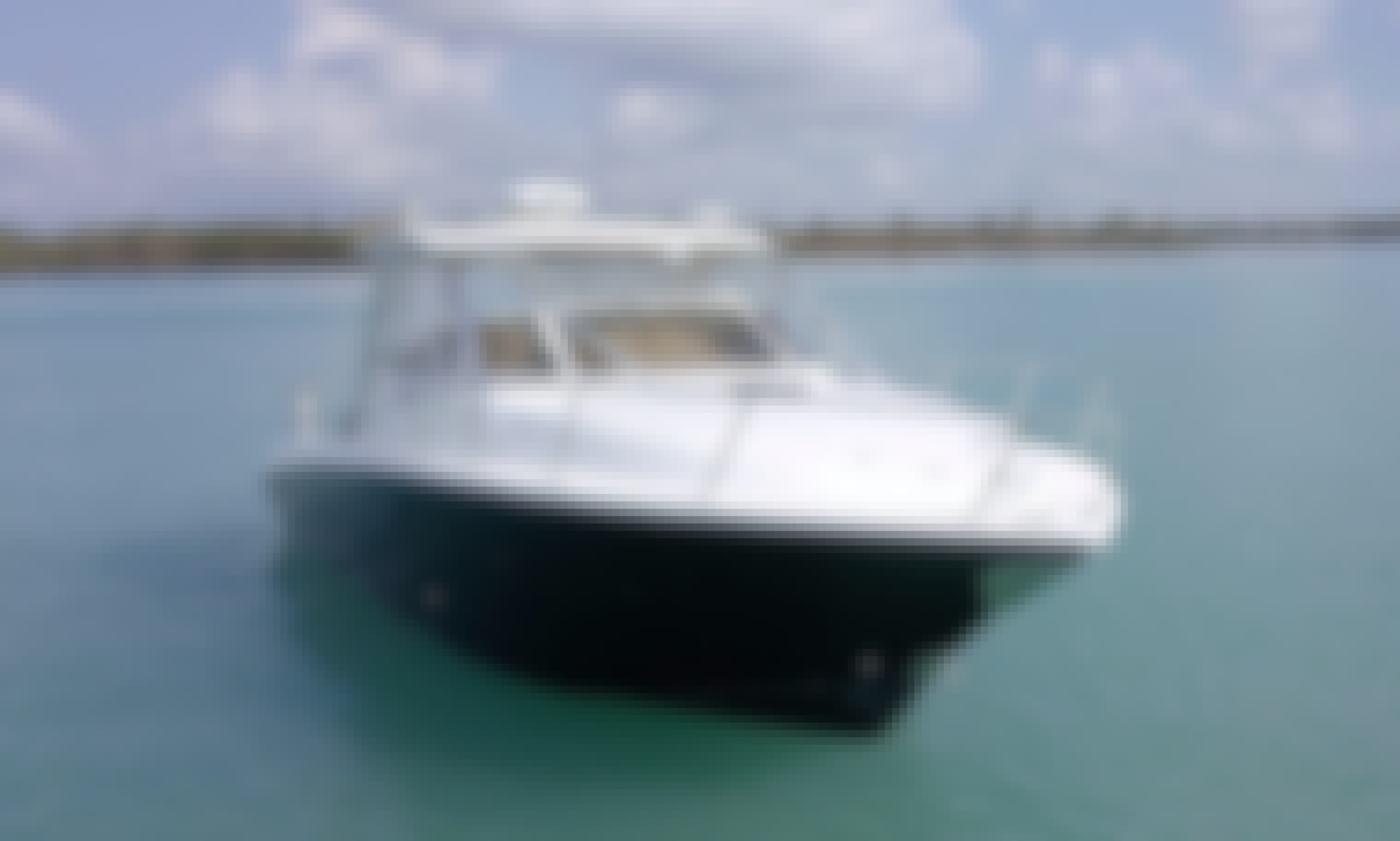 HydraSports 33 WalkAround Rental in Fajardo