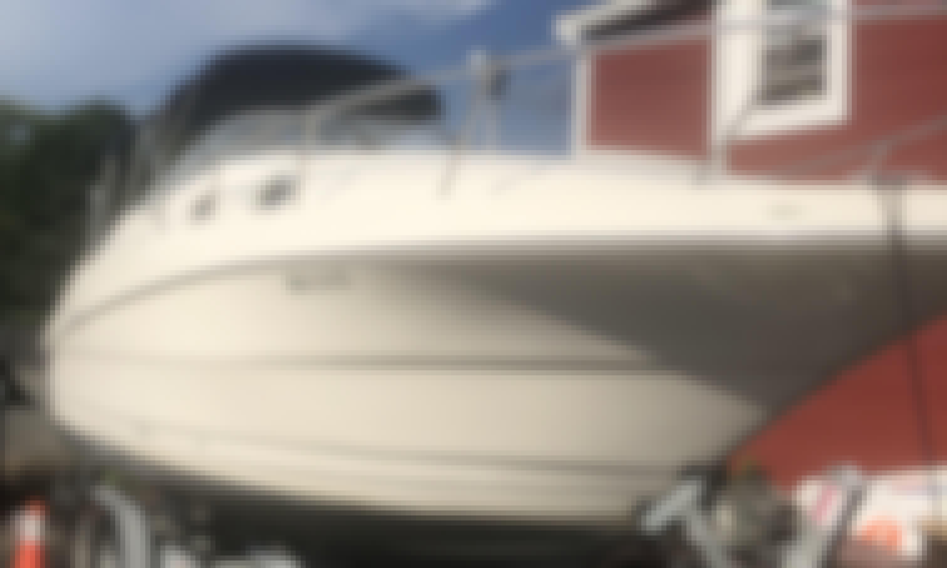 Monterery 262 Cruiser Rental in Saugus, MA
