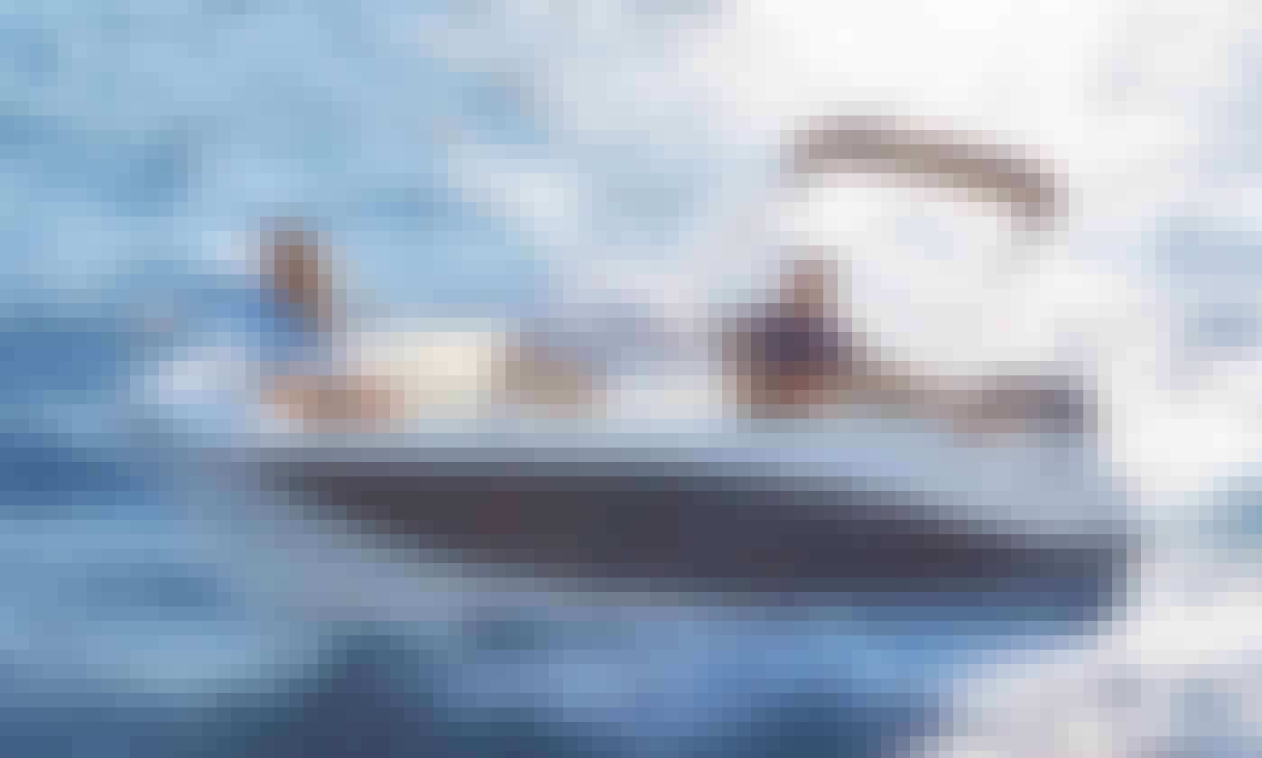 Skippered Quiksilver 555 Powerboat Rental in Estepona, Spain