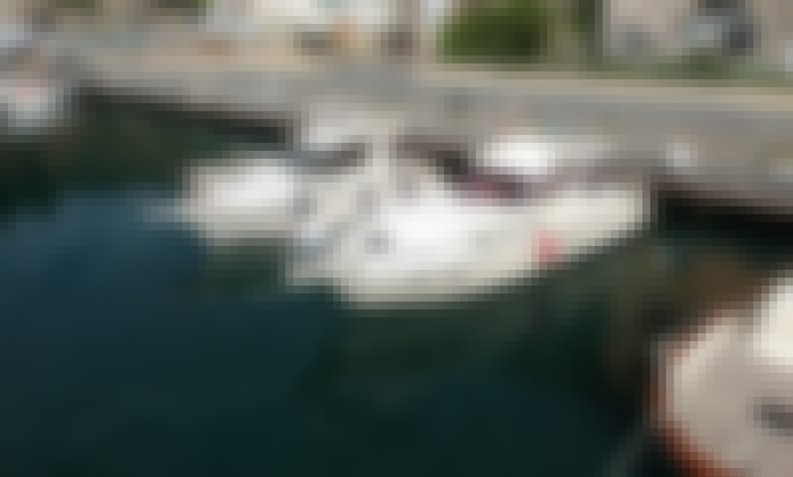Piano di Sorrento, Italy Boat Tour Aboard a 480 hp Raffaelli Motor Yacht for 12 People