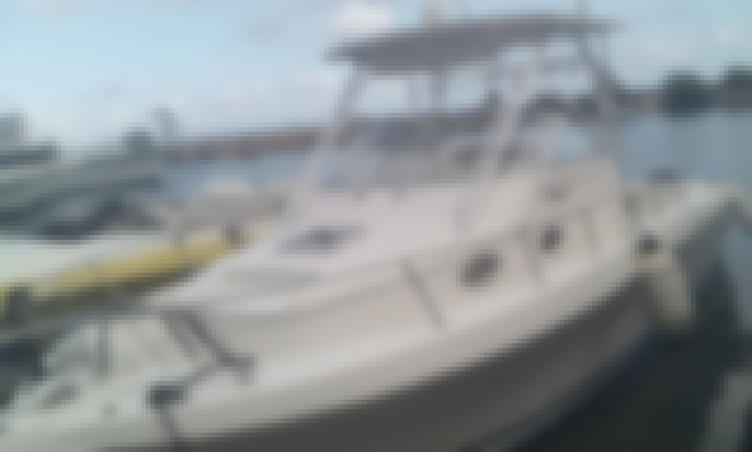 Private Snorkeling and Cruising Boat Rental for 6 People in Ocho Rios, Jamaica