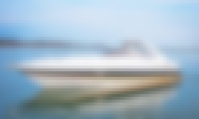 """""""Shaken Not Stirred"""" Sunseeker Superhawk Motor Yacht Rental in London, England"""