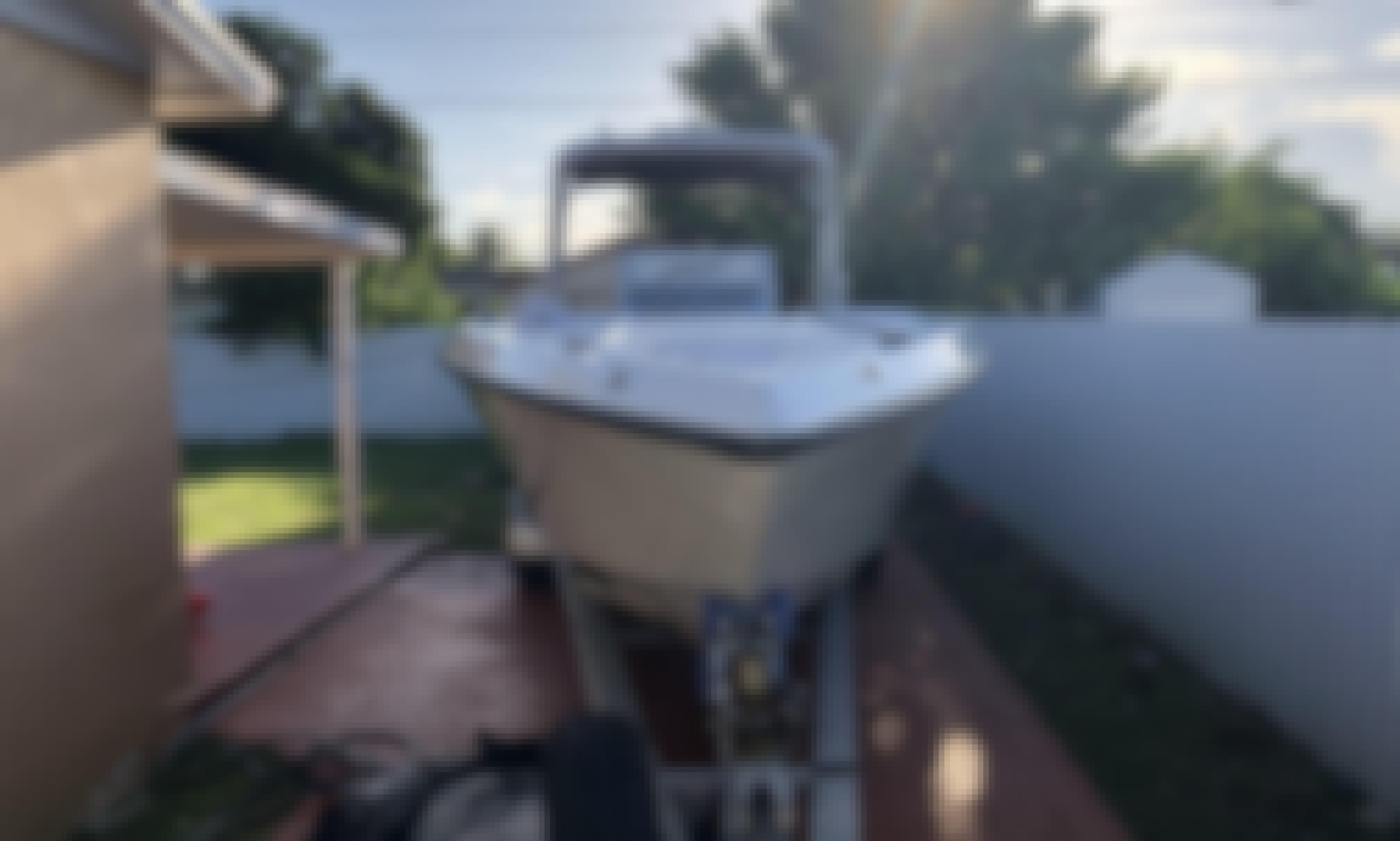 Baja 28 Sportfish Center Console Rental in Key Biscayne, Florida