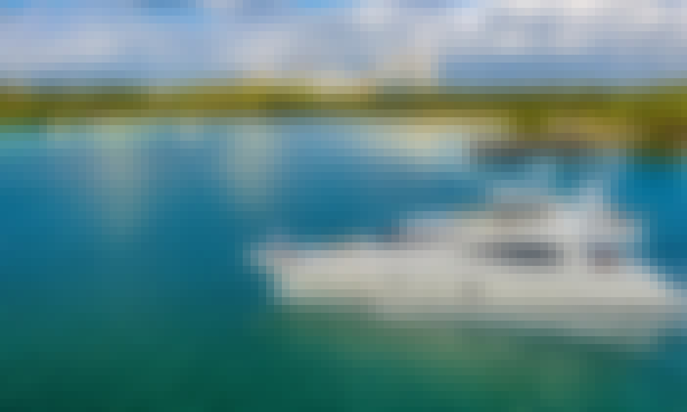 Ferretti Flybridge Power Mega Yacht Rental in Miami Beach, Florida