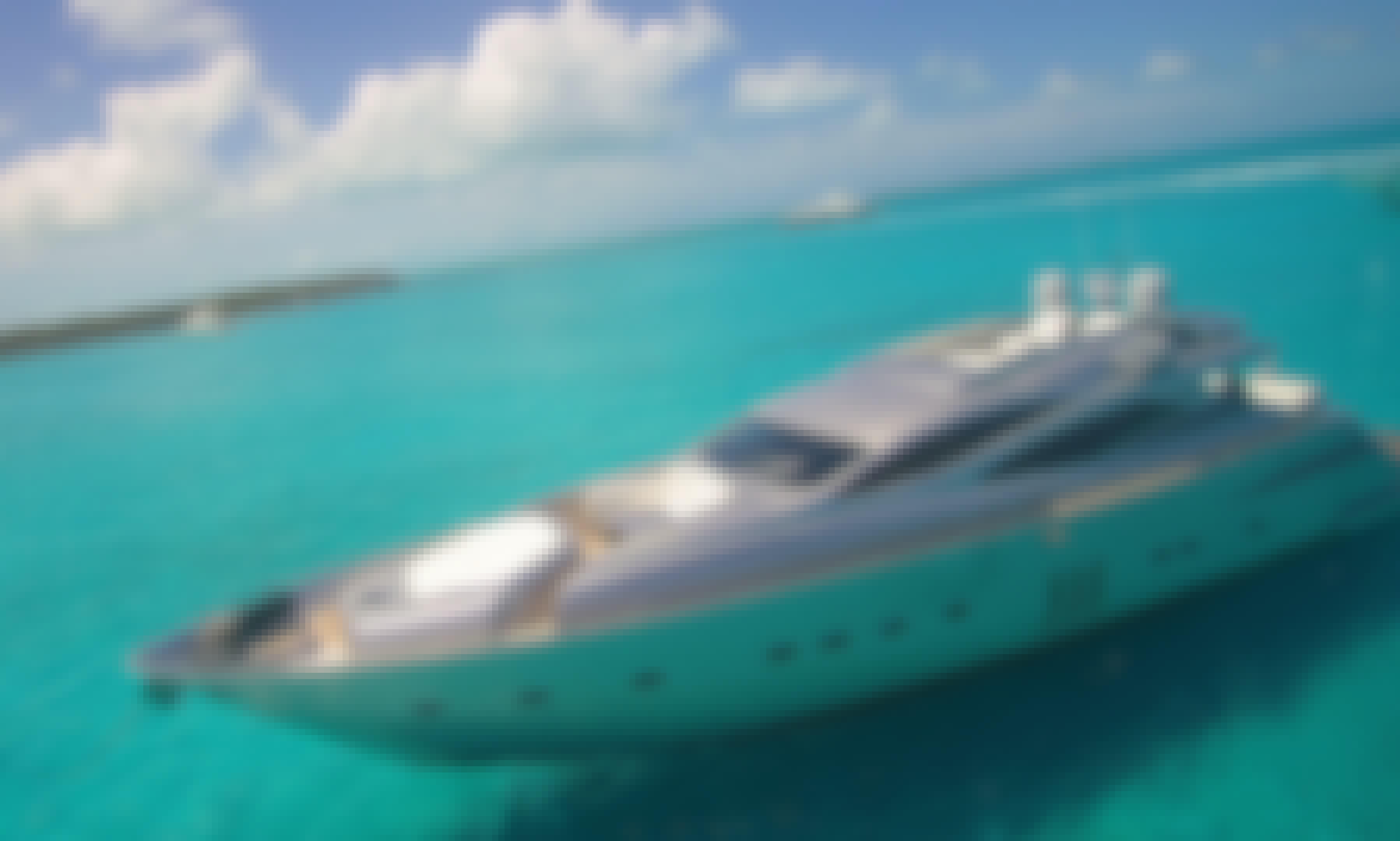Nassau, The Bahamas 90' Pershing. Beautiful, Modern Yacht.
