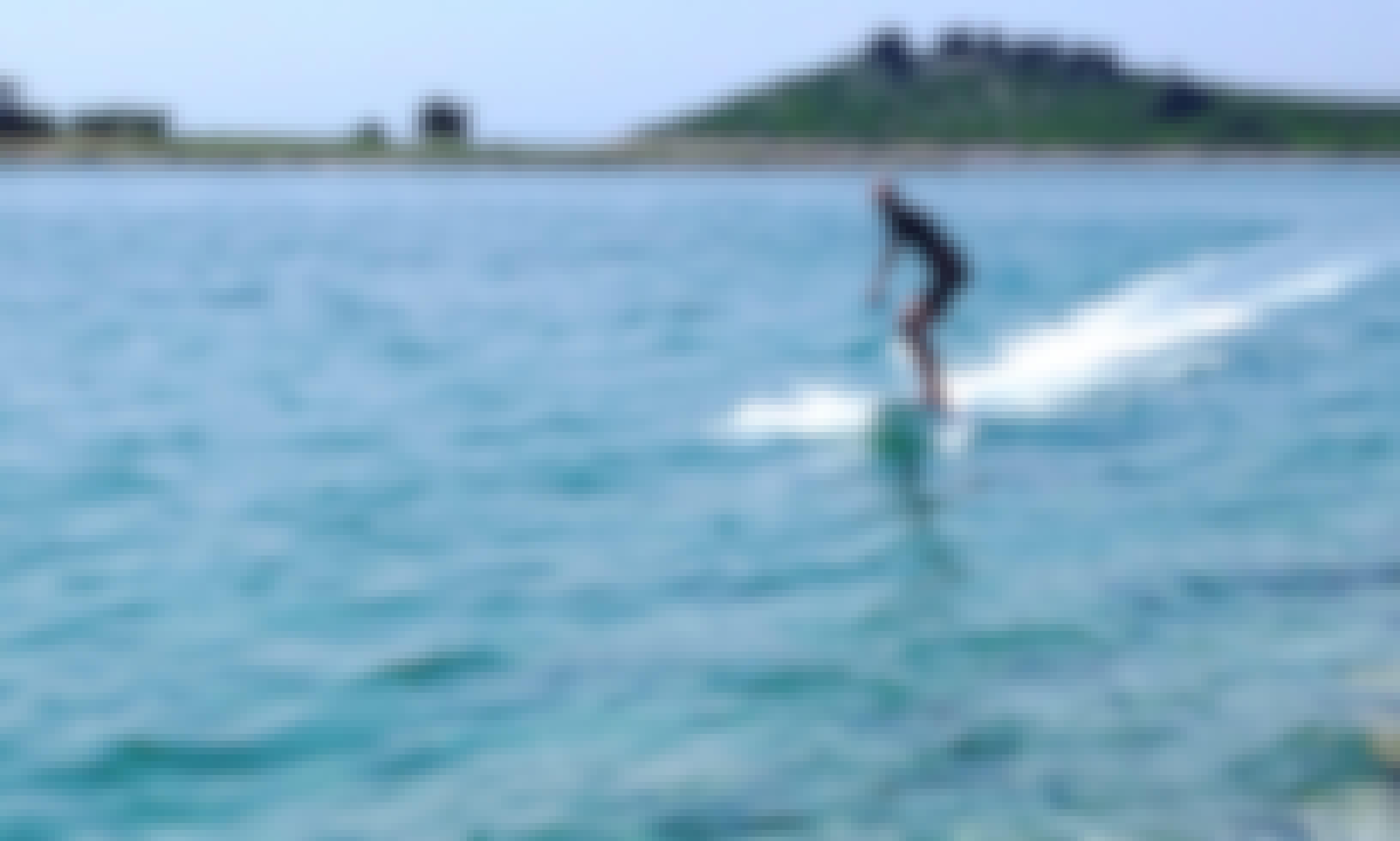 Electric surfboard for rent in Šibenik, Croatia (SURFER_hr by Poletusa)
