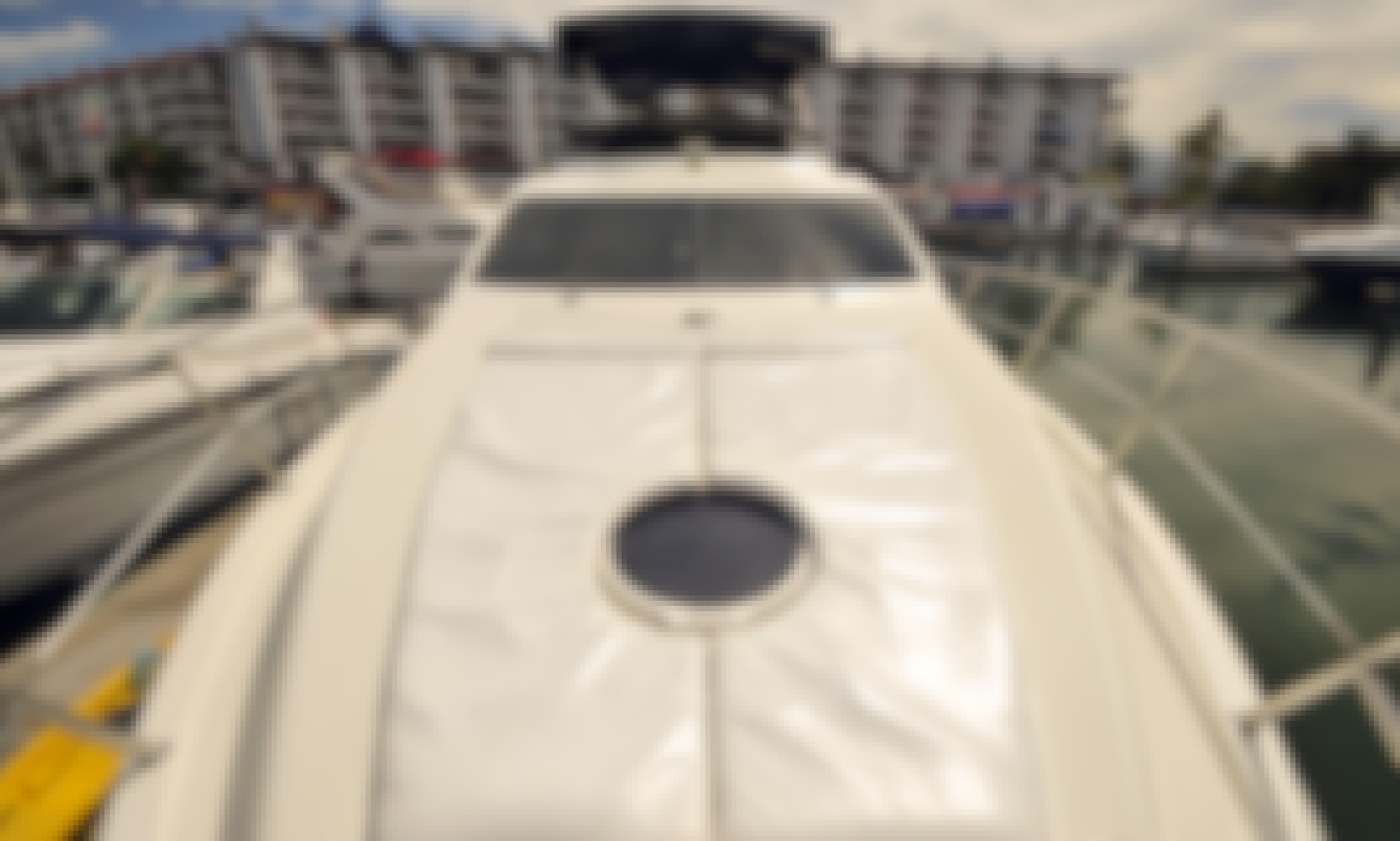 Motor Yacht rental in Puerto Vallarta