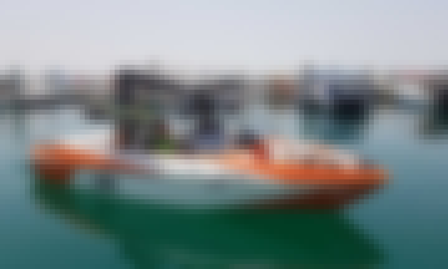 Tour the Amwaj Islands with Axis A20 Powerboat for 5 Person in Muharraq Governorate, Bahrain