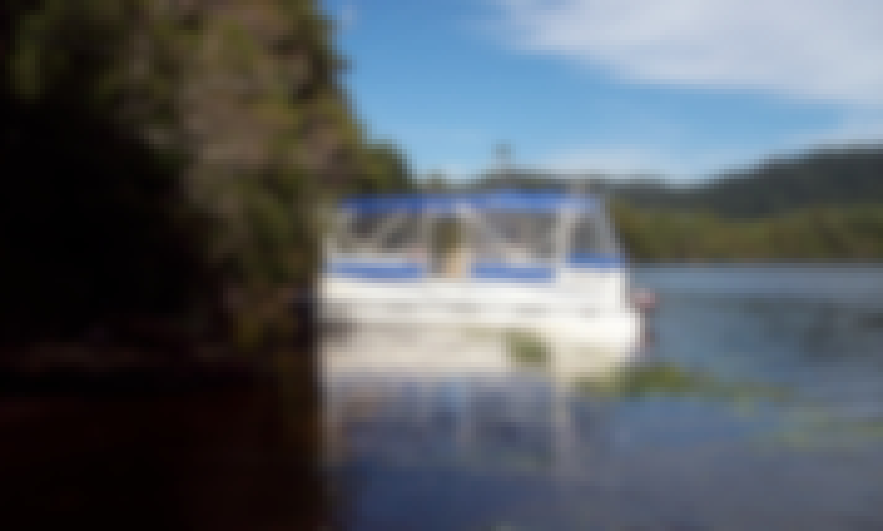 1-Hour Lover's Falls and Savage River Cruise on 21' Yamaha Sweetwater Challenger Pontoon in Corinna, Tasmania